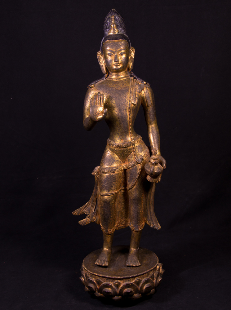 Antique bronze Bodhisattva statue from Nepal made from Bronze
