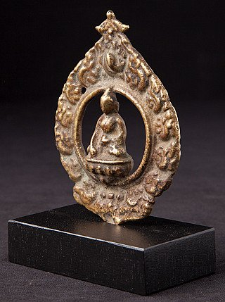 Antique Nepali Buddha statue on base