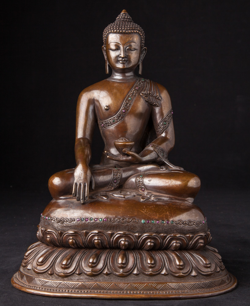 Newly made Nepali Buddha statue from Nepal