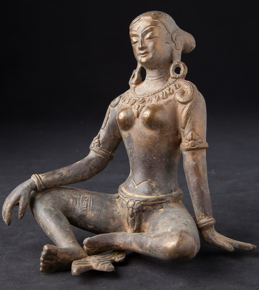 Bronze Parvati statue from Nepal made from Bronze