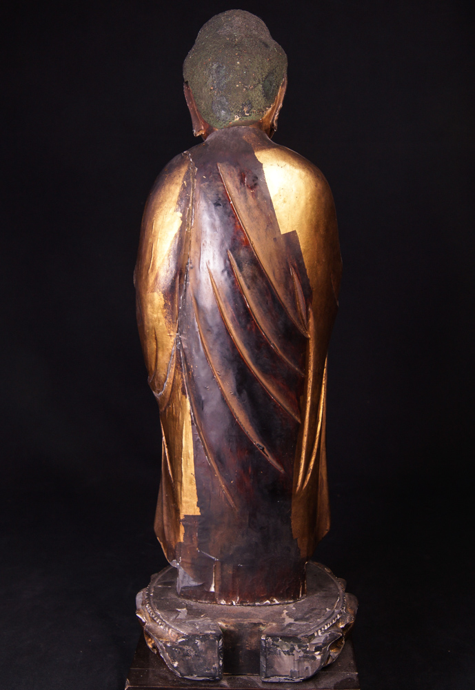 Antique japanese Buddha statue from Japan made from Wood