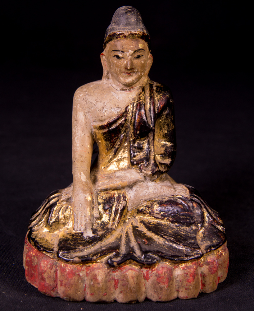 Antique Mandalay Buddha statue from Burma made from Limestone