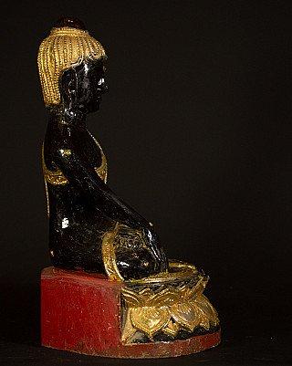 Old Burmese Lotus Buddha statue