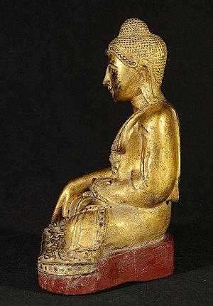 Antike holzerne Mandalay Buddha Figur