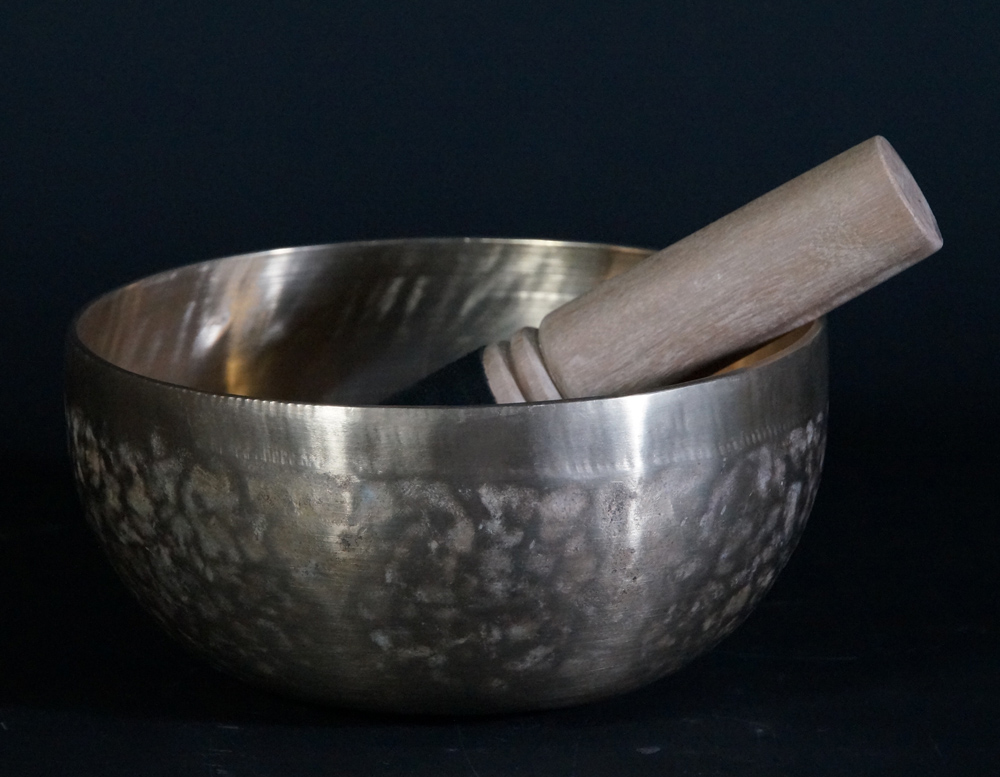 Nepali handbeaten Singing Bowl from Nepal