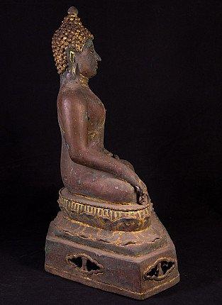 Old bronze Thai Buddha statue