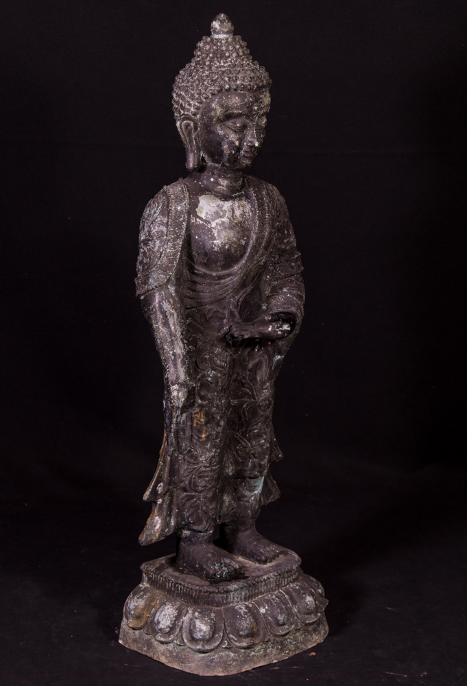 Old Chinese bronze Buddha statue from China made from Bronze
