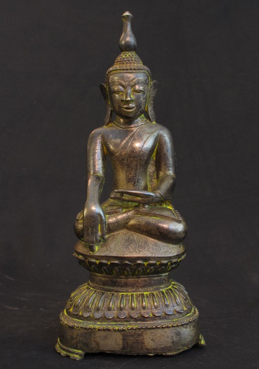 Antique bronze Buddha from Burma