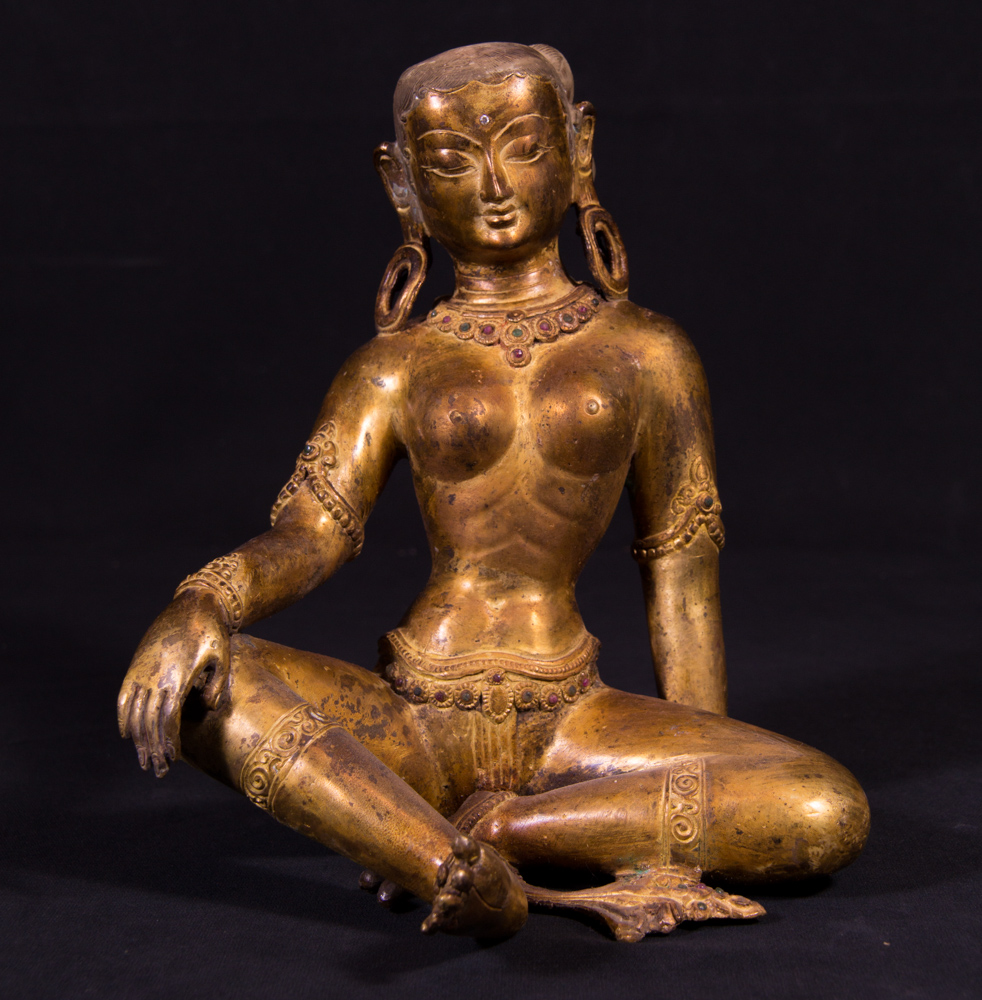 Old bronze Parvati statue from Nepal made from Bronze