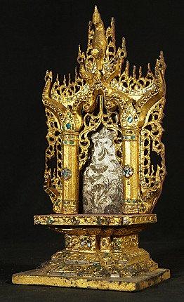 Antiek houten Boeddha altaar
