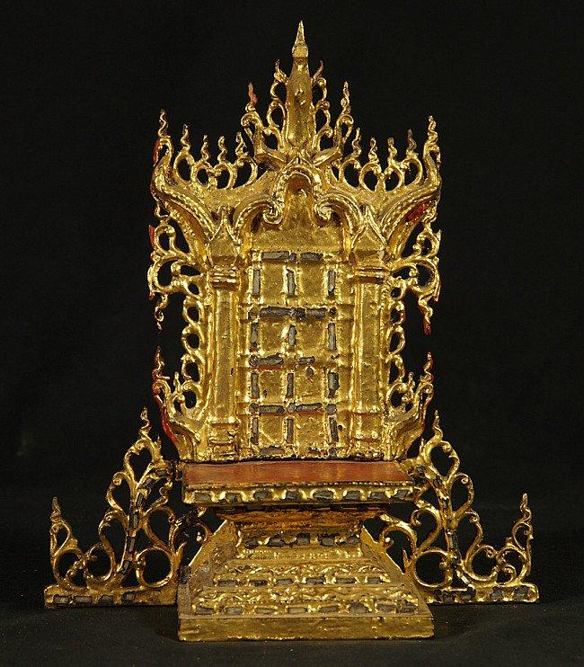 Antiek Birmees huisaltaar