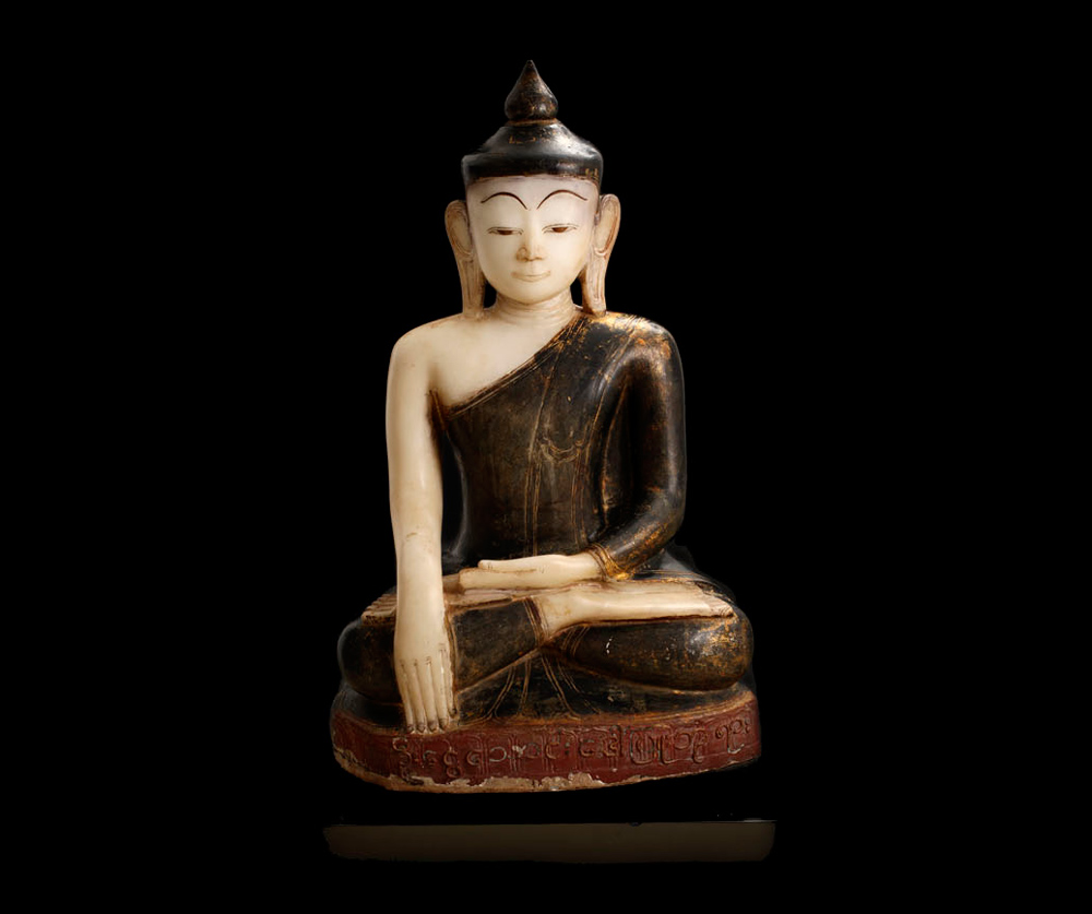 Museum quality Alabaster Buddha statue from Burma