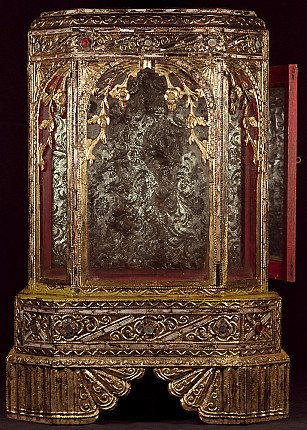 Antique wooden Buddha temple
