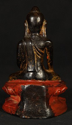 Antique lacquerware Buddha statue