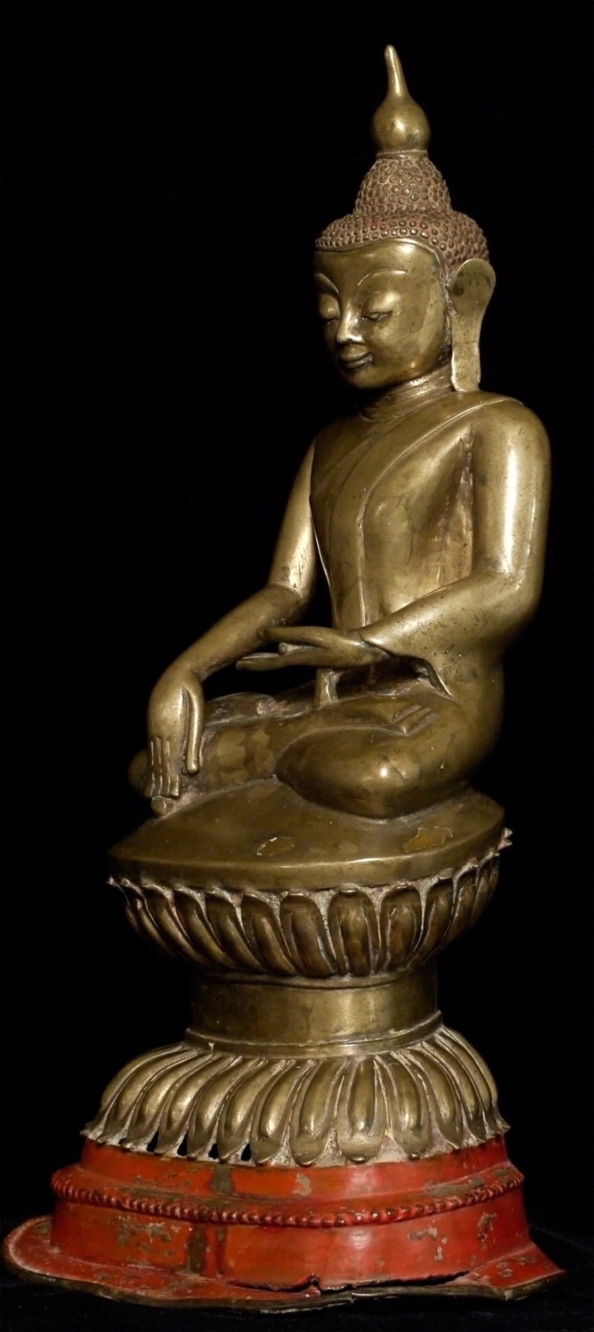 Antique Burmese Shan Buddha statue from Burma made from Bronze