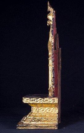 Antiek houten altaar
