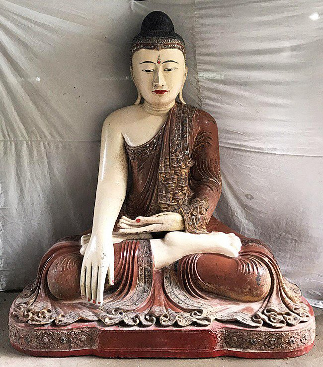 Very large & special antique Buddha statue