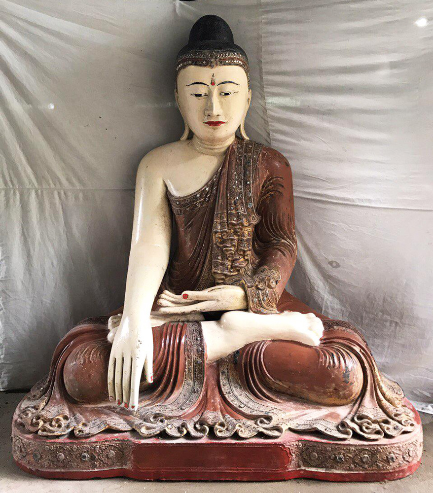 Very large & special antique Buddha statue from Burma