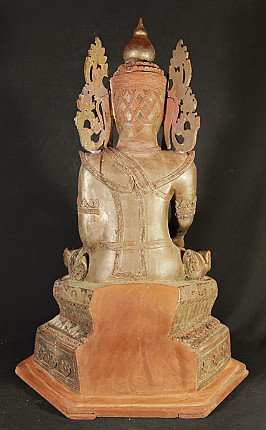 Antike gekronte Buddha Figur