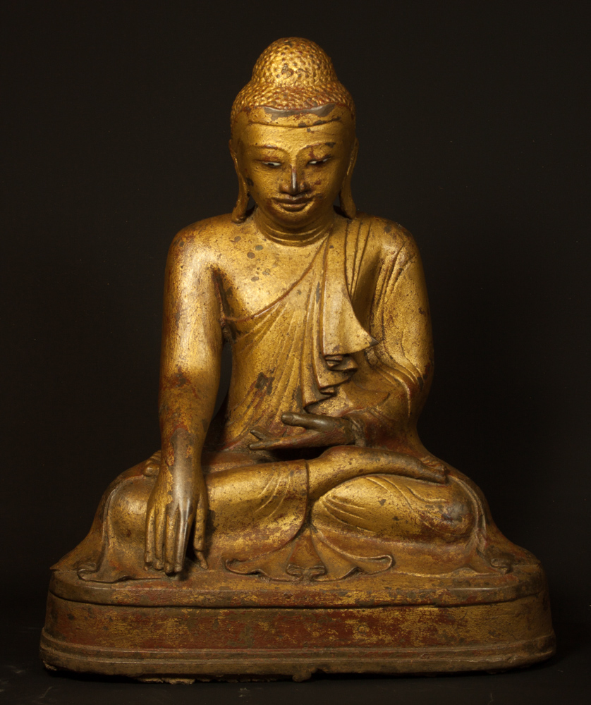 Bronze Mandalay Buddha statue from Burma