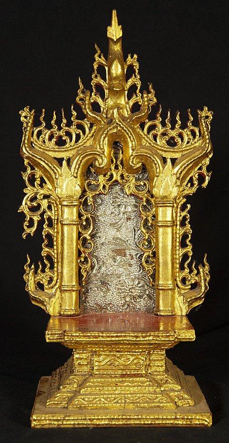 Antiek Boeddha altaar