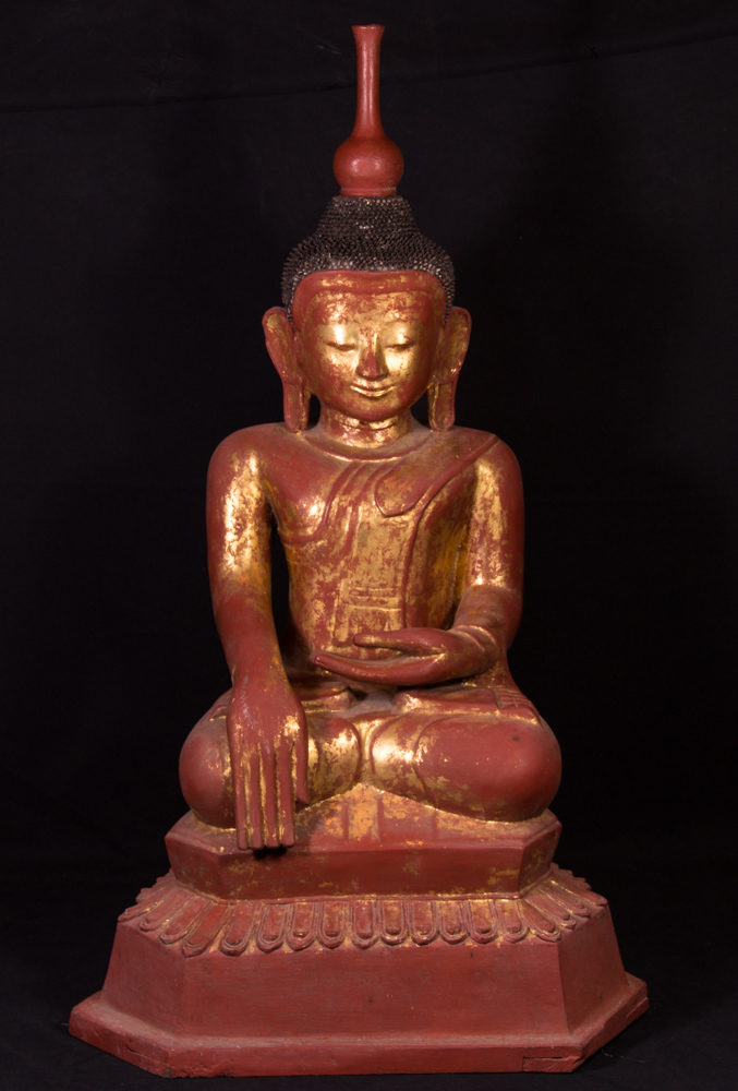 Old lacquerware Shan Buddha statue from Burma