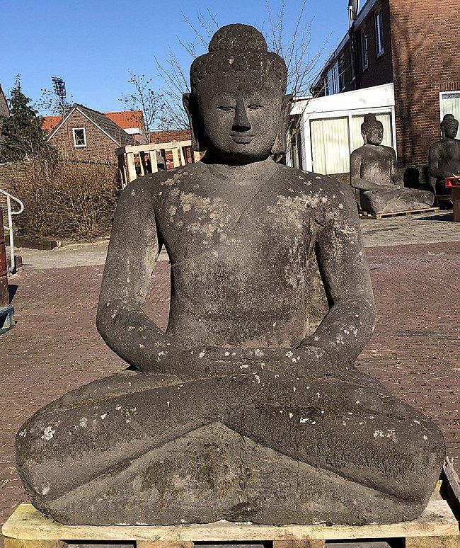 Alte Lavastein Buddha Figur