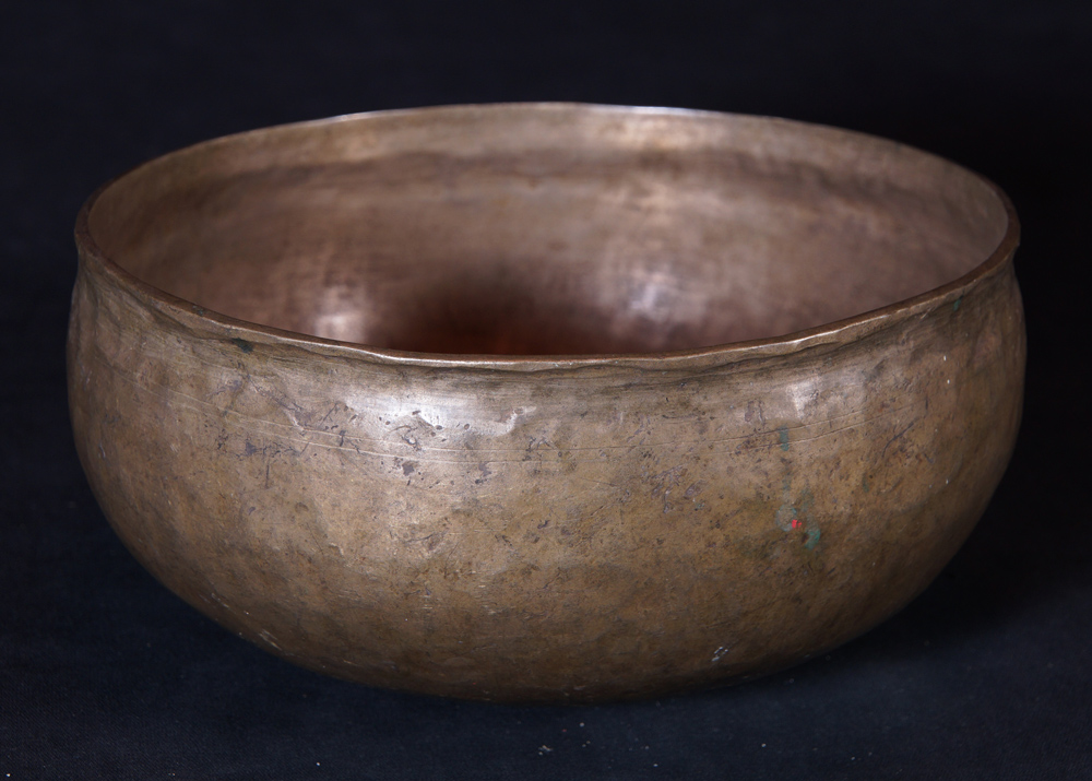 Antique Ultabati Singing Bowl from Nepal made from Bronze