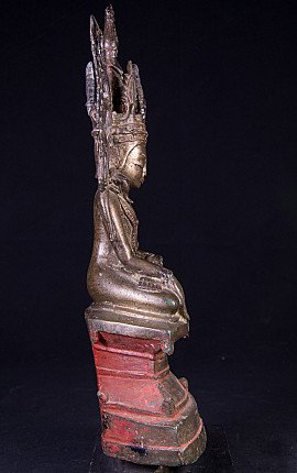 Antique Burmese crowned Shan Buddha statue