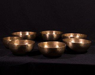 7 singing bowls - Chakra set