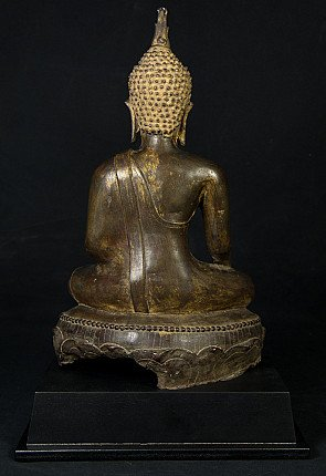 16th century North Thailand Buddha statue