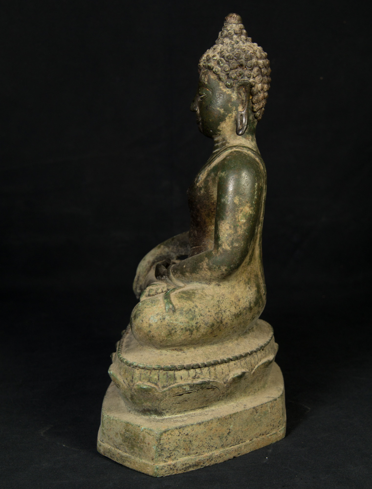 Antique Chiang Saen Buddha statue from Thailand made from Bronze