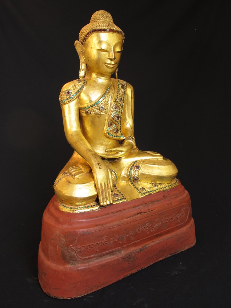 Old lacquerware Buddha from Burma made from lacquer