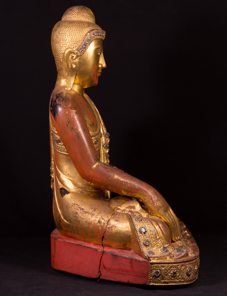 Large antique Mandalay Buddha statue from Burma made from Wood