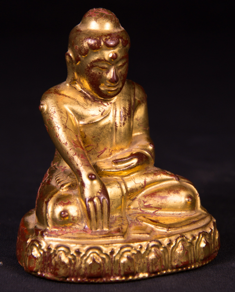 Antique wooden Lotus Buddha statue from Burma made from Wood