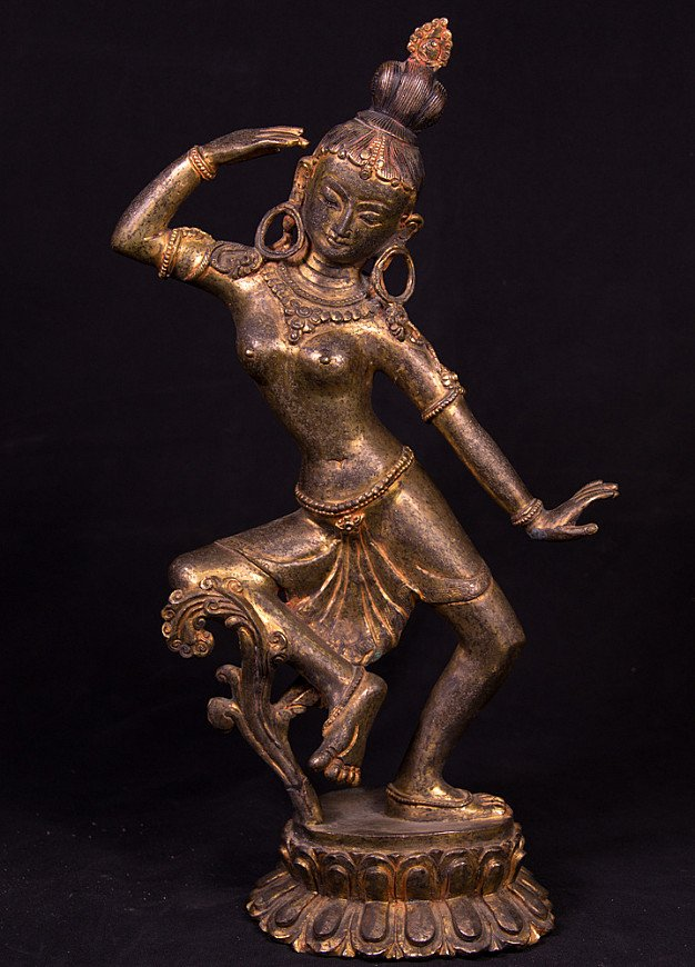 Antique Nepali Parvati statue