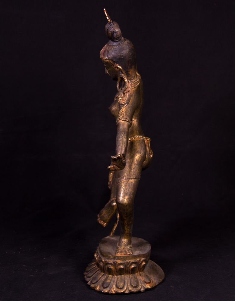 Antique Nepali Parvati statue from Nepal made from Bronze