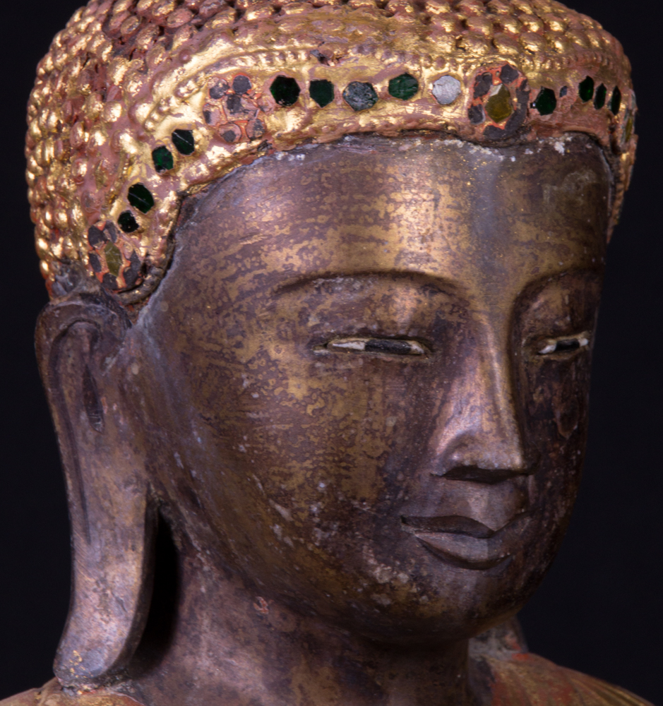 Old bronze Mandalay Buddha statue from Burma made from Bronze