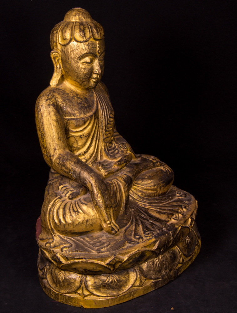 antike holzerne lotus buddha figur aus birma gemacht aus holz. Black Bedroom Furniture Sets. Home Design Ideas