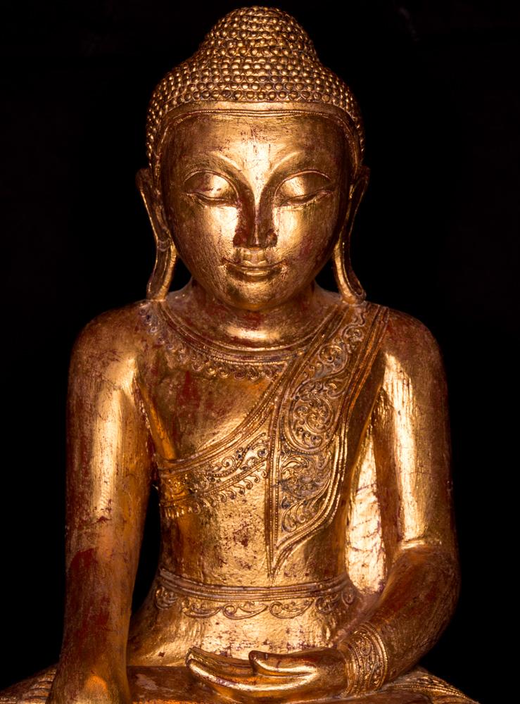alte teakholzerne buddha figur aus birma gemacht aus holz. Black Bedroom Furniture Sets. Home Design Ideas