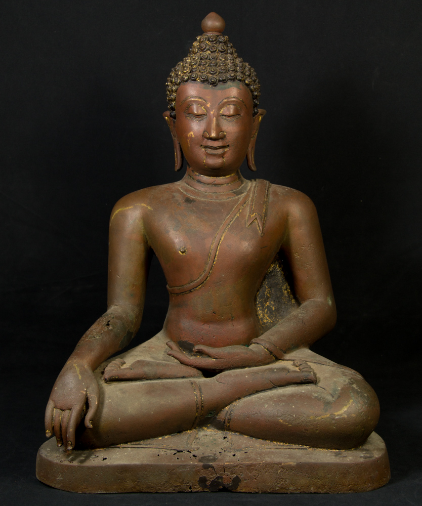 Old Chiang Saen Buddha statue from Thailand