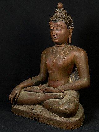 Old Chiang Saen Buddha statue