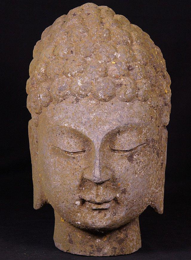 Alte stein Buddha Kopf