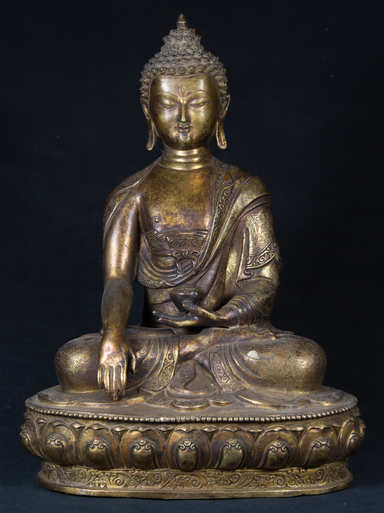 Old Nepali Buddha statue from Nepal