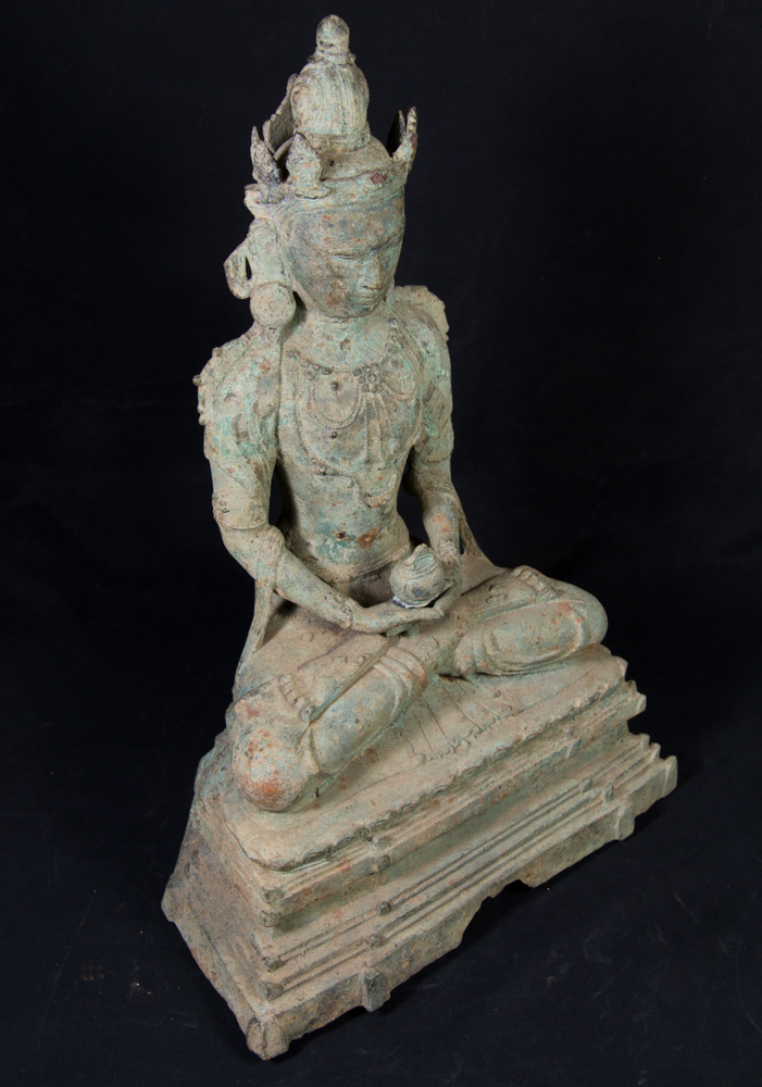 Antique bronze Arakan Buddha statue from Burma made from Bronze