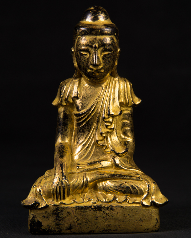 Antique lacquerware Shan Buddha statue from Burma made from lacquer