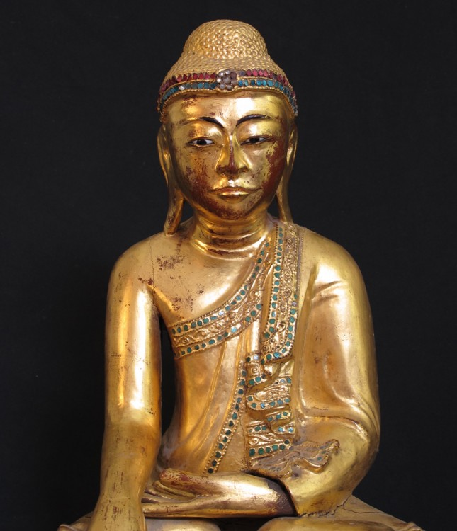 Antique sitting Buddha from Burma made from Wood