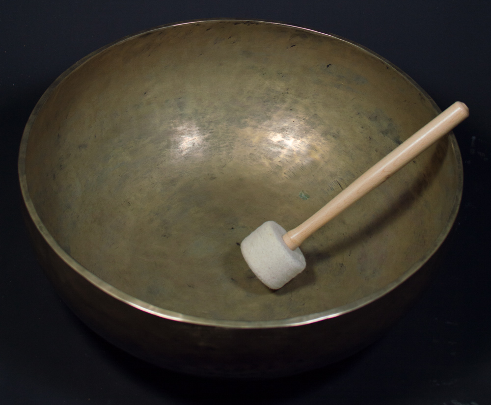 Large old Nepali singing bowl from Nepal made from Bronze