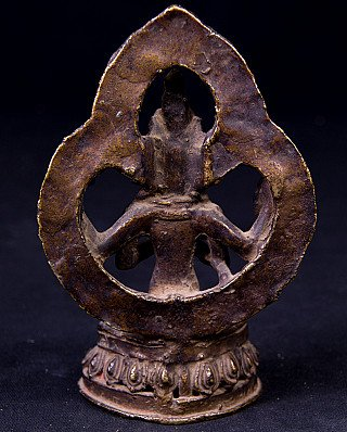 Antique Nepali Chengreshi statue