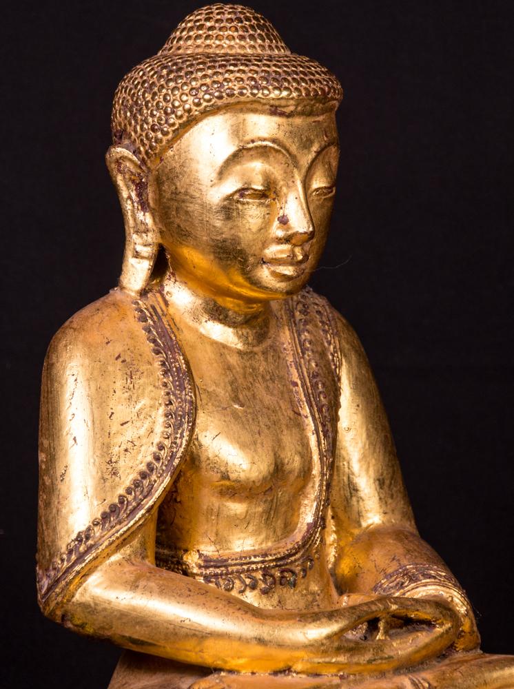alte teak holzerne buddha figur aus birma gemacht aus holz. Black Bedroom Furniture Sets. Home Design Ideas